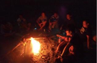 山中露營野炊春遊之旅